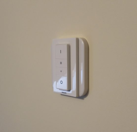 SM200 Philips Hue Dimmer Adapter